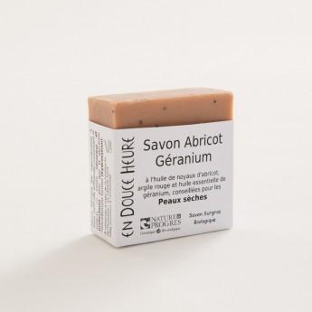 Bloc de savon de 100g abricot géranium