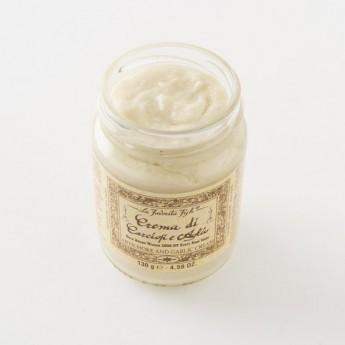 Détail de la crème à l'artichaut et à l'ail