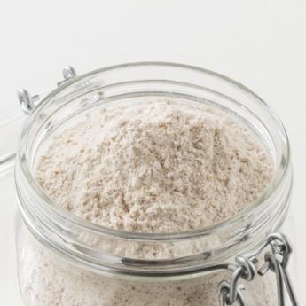 Photo de la farine intégrale T150 en vrac